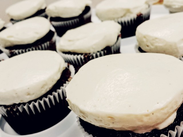 FoodHack: Triple Chocolate Cupcakes with Almond Cream Cheese Frosting